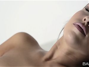 Jenny Appach strips off and fingers her little pussy