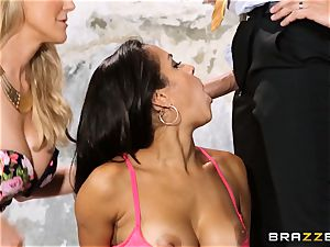 Brandi enjoy lets ho-bo Abbey Lee Brazil smash her stud