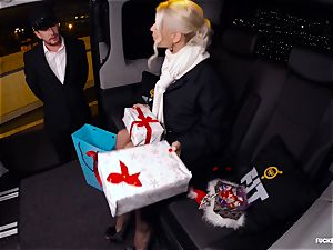 banged IN TRAFFIC - Christmas car fuck-a-thon with Swedish honey