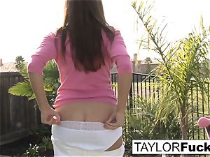 Taylor showcases you her meaty breasts