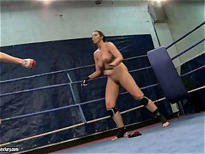 Eliska Cross and Lisa shine get bare and fight stiff