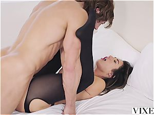 Eva Lovia plumbing an lovable guy