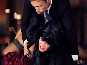ebony haired Alison Tyler romps her suited lover