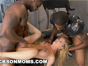 Cherie Deville auditions to be the crew bi-atch (xa15243)