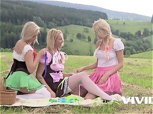 Vivid.com - blondie farm sisters lezzy threeway