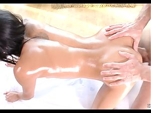 Chloe Amour oily rubdown and plumbing