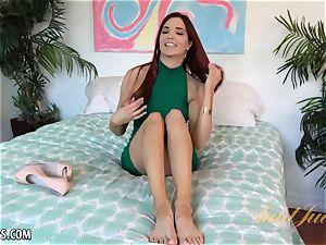 Jayden Cole paws her tastey vulva