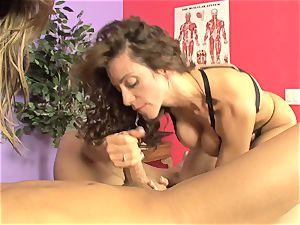 Ariella Ferrera and hot babe deep throating a hard meatpipe