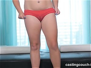 lush hottie Dee arrives to the CastingCouch HD
