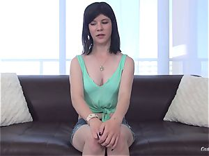 Tellula Rose in her first-ever audition session