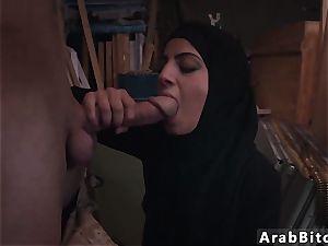Arab elevator and dubai bang-out spear cravings!