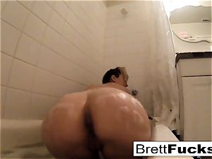 Brett Rossi takes a super-fucking-hot bath that makes her real super-naughty