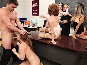 Classroom unloading session with Veronica Avluv and Maddy OReilly