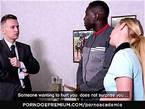 porno ACADEMIE - anal invasion three-way with ash-blonde college girl